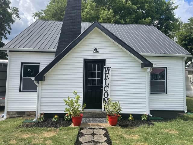 304 E Park Ave, Gallatin, TN 37066 (MLS #RTC2266306) :: Candice M. Van Bibber | RE/MAX Fine Homes