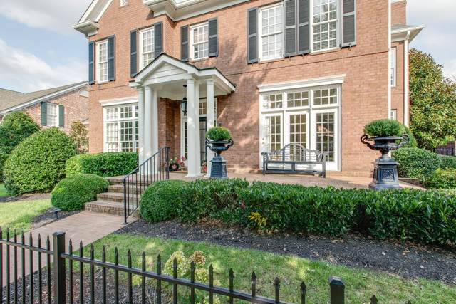 1204 Vintage Grove Ln, Franklin, TN 37064 (MLS #RTC2190464) :: Michelle Strong