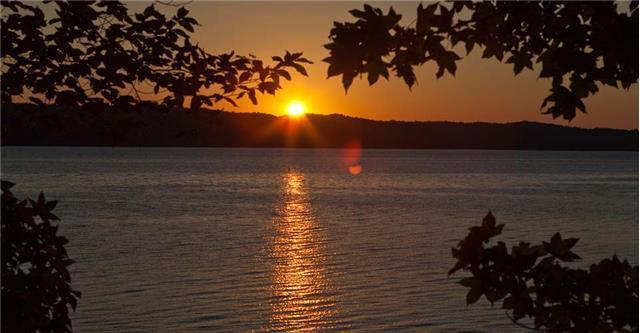 8 Sunset Rdg, Waverly, TN 37185 (MLS #1671272) :: CityLiving Group