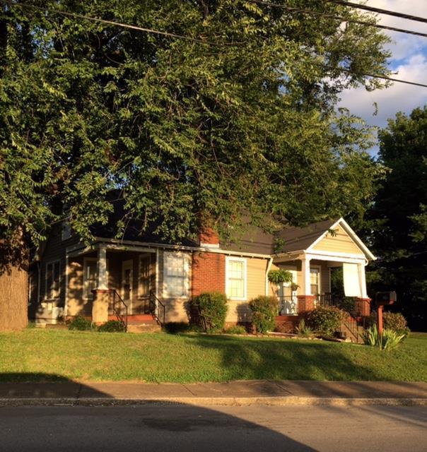 1615 Highland Ave, Columbia, TN 38401 (MLS #1840970) :: NashvilleOnTheMove   Benchmark Realty