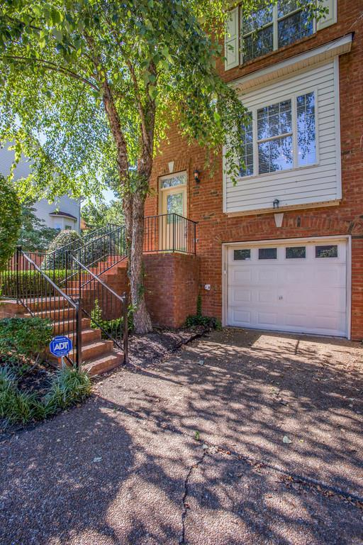 113 Carriage Ct, Brentwood, TN 37027 (MLS #1856904) :: Felts Partners