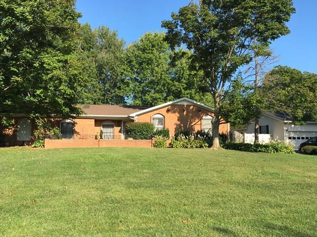 1117 Black Oak Lane, Hopkinsville, KY 42240 (MLS #1863327) :: Team Wilson Real Estate Partners