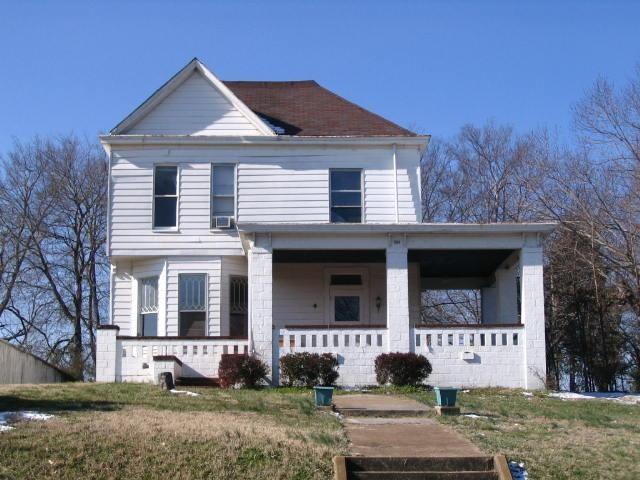 416 N 2Nd St, Clarksville, TN 37040 (MLS #1874990) :: CityLiving Group