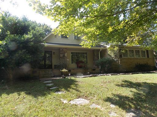 524 Indian Lake Rd, Hendersonville, TN 37075 (MLS #1882094) :: Exit Realty Music City