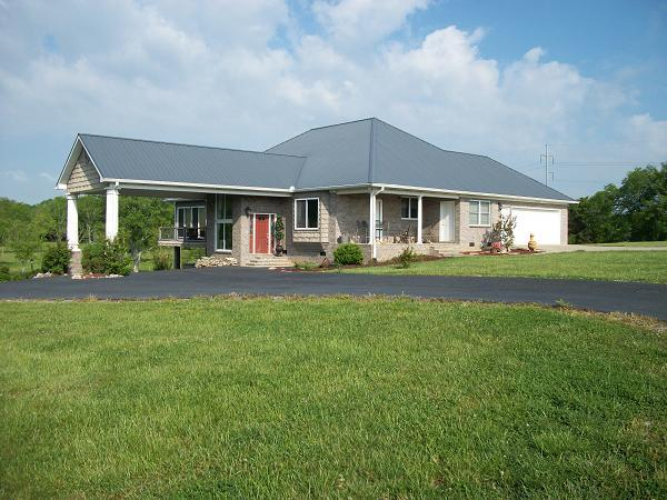 587 Higgins Rd, Wartrace, TN 37183 (MLS #1882424) :: Maples Realty and Auction Co.