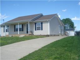 323 Donna Dr, Clarksville, TN 37042 (MLS #1883251) :: CityLiving Group