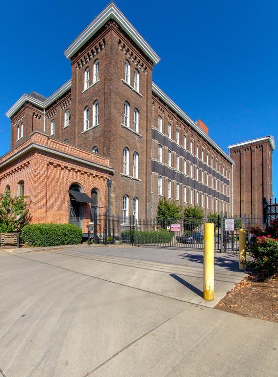 1400 Rosa L Parks Blvd Apt 220, Nashville, TN 37208 (MLS #1893514) :: Living TN