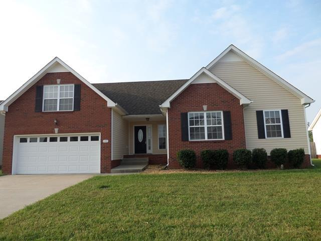 1180 Country Fields Ln, Clarksville, TN 37040 (MLS #1894604) :: CityLiving Group