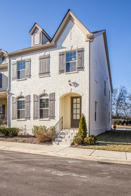 524 Vintage Green Ln, Franklin, TN 37064 (MLS #1895806) :: NashvilleOnTheMove | Benchmark Realty