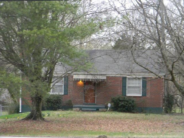 6400 Highway 100, Nashville, TN 37205 (MLS #1905279) :: DeSelms Real Estate