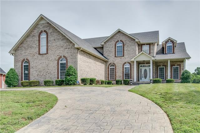 237 Gray Hawk Trl, Clarksville, TN 37043 (MLS #1907204) :: The Kelton Group