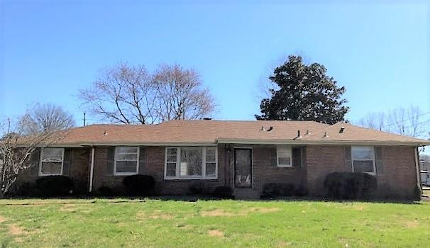195 Maxwell Dr, Clarksville, TN 37043 (MLS #1908389) :: Group 46:10 Middle Tennessee