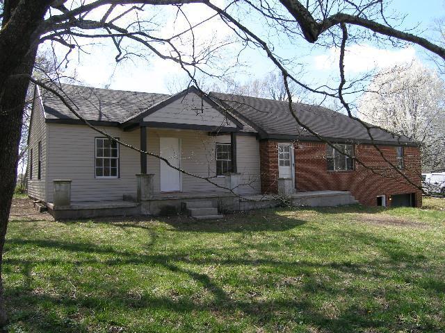 107 Riverside Dr S, McMinnville, TN 37110 (MLS #1910590) :: NashvilleOnTheMove | Benchmark Realty