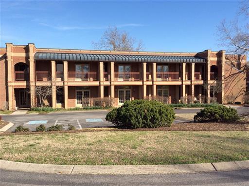 115 N Castle Heights Ave #102, Lebanon, TN 37087 (MLS #1921595) :: The Kelton Group
