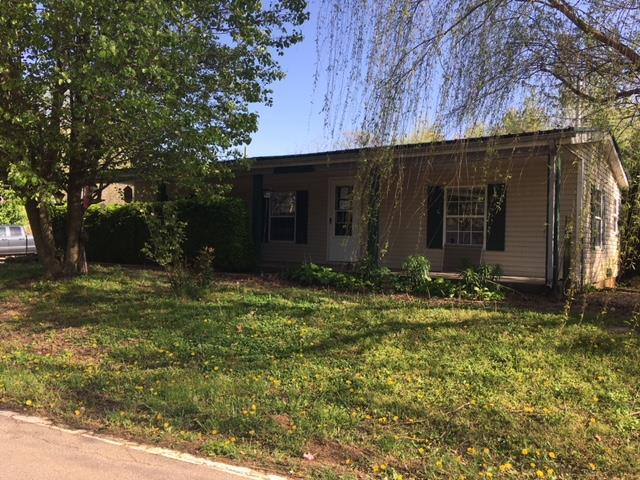 1555 Cumberland Heights Rd, Clarksville, TN 37040 (MLS #1923392) :: EXIT Realty Bob Lamb & Associates