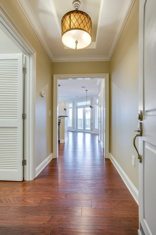 400 Warioto Way Apt 613 #613, Ashland City, TN 37015 (MLS #1932923) :: Group 46:10 Middle Tennessee