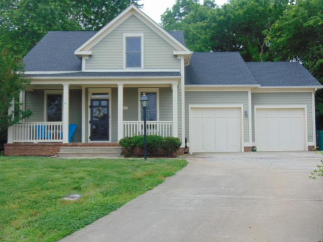 700 Rainswood Ct, Clarksville, TN 37043 (MLS #1933876) :: The Milam Group at Fridrich & Clark Realty