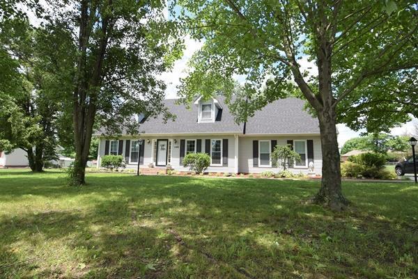1140 Sanderson Drive, Hopkinsville, KY 42240 (MLS #1935486) :: EXIT Realty Bob Lamb & Associates