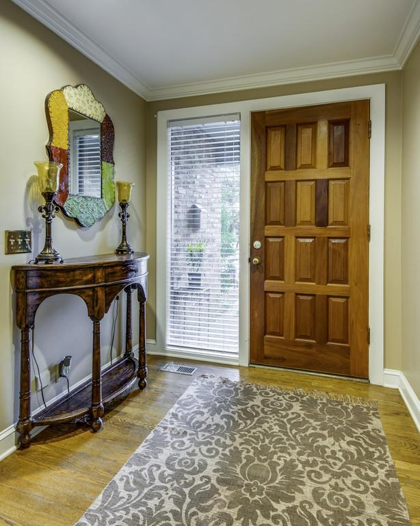 127 Hampton Pl #127, Nashville, TN 37215 (MLS #1941235) :: FYKES Realty Group