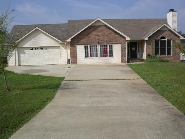 3400 Shivas Rd, Clarksville, TN 37042 (MLS #1947975) :: CityLiving Group