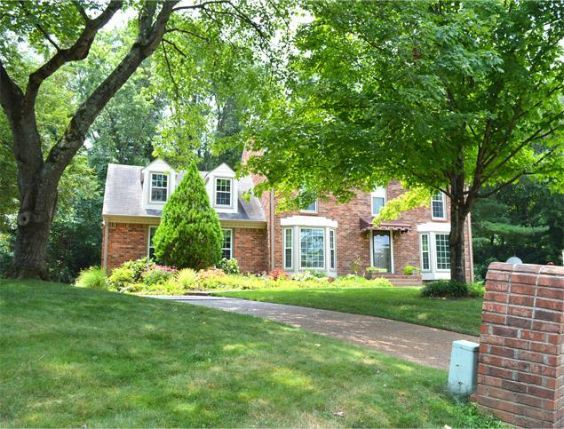 1107 Colonial Ct, Franklin, TN 37064 (MLS #1950714) :: The Milam Group at Fridrich & Clark Realty