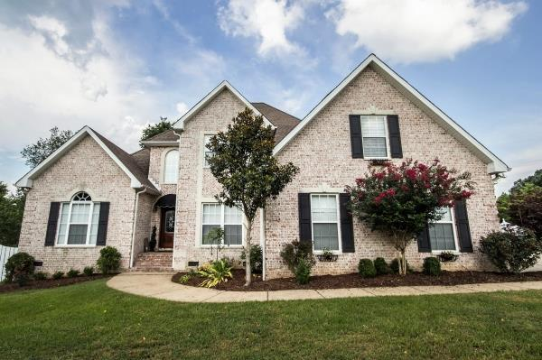 7207 Polston Ct, Fairview, TN 37062 (MLS #1950826) :: John Jones Real Estate LLC