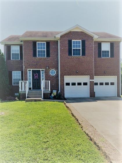948 Commission Dr, Clarksville, TN 37042 (MLS #1950960) :: EXIT Realty Bob Lamb & Associates