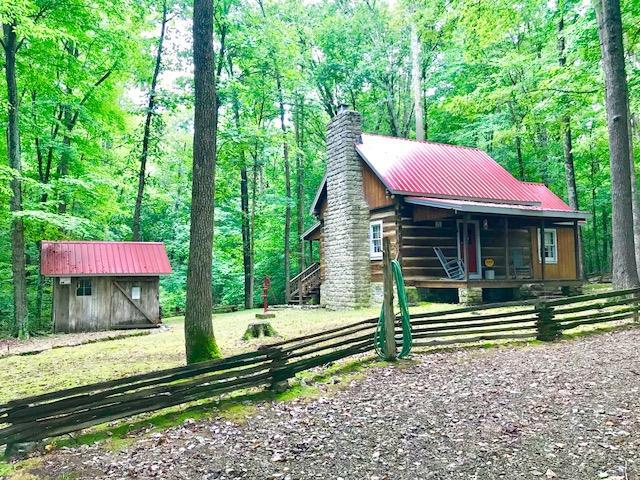 212 Absher Rd, Portland, TN 37148 (MLS #1960826) :: The Huffaker Group of Keller Williams