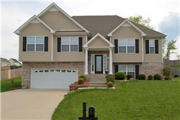3056 Outfitters Dr, Clarksville, TN 37042 (MLS #1962682) :: RE/MAX Homes And Estates