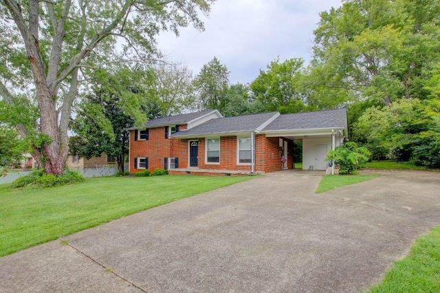 407 Burch Rd, Clarksville, TN 37042 (MLS #1965228) :: Nashville On The Move