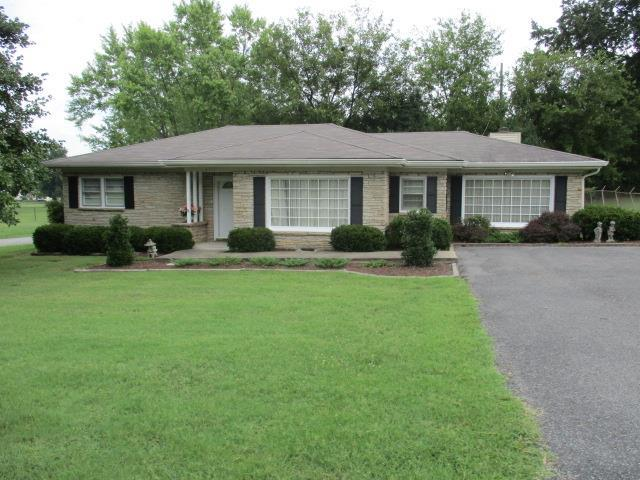 2751 Clinton Circle, Hopkinsville, KY 42240 (MLS #1966125) :: Nashville On The Move