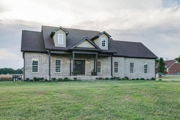 1001 Kamber Leigh Dr, Cedar Hill, TN 37032 (MLS #1967723) :: Clarksville Real Estate Inc
