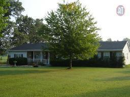 305 Cedar Hill Rd, Adams, TN 37010 (MLS #1969473) :: Hannah Price Team