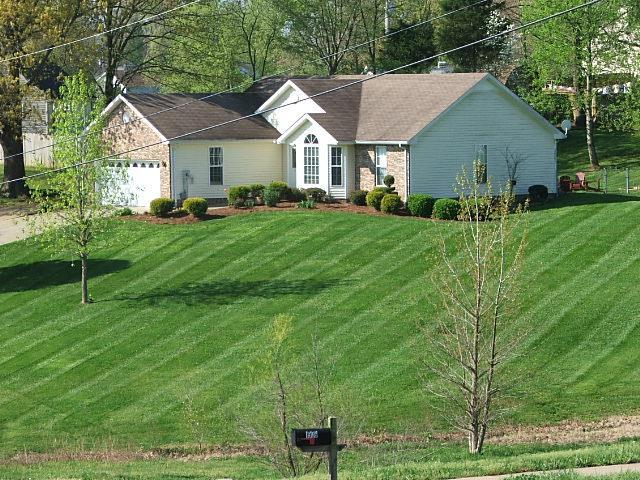 1910 Roscoe Dr, Clarksville, TN 37042 (MLS #1973363) :: RE/MAX Choice Properties