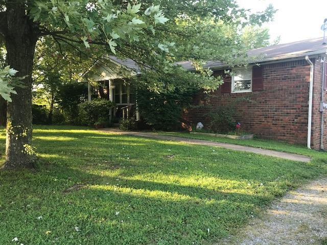 3240 Hwy 25, Cottontown, TN 37048 (MLS #1973408) :: FYKES Realty Group