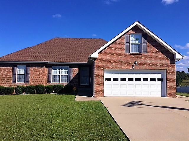 2327 Ellsworth Dr, Clarksville, TN 37043 (MLS #1976169) :: REMAX Elite