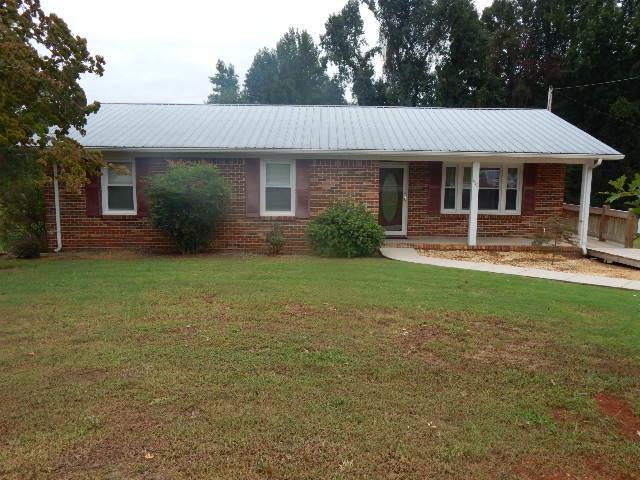 415 Clark Blvd, McMinnville, TN 37110 (MLS #1976224) :: John Jones Real Estate LLC