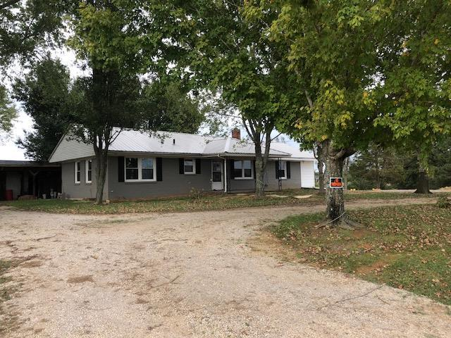 225 N Old Military Rd, Summertown, TN 38483 (MLS #1982094) :: Maples Realty and Auction Co.