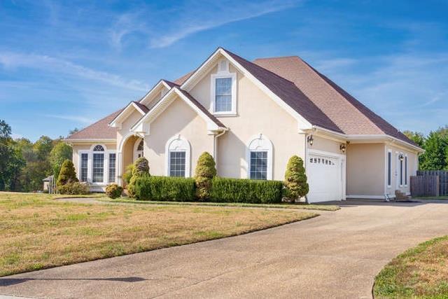 812 Little Springs Rd, Clarksville, TN 37040 (MLS #1987239) :: Nashville on the Move