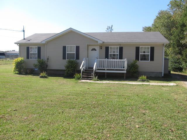 245 N E St, Hillsboro, TN 37342 (MLS #RTC1990971) :: John Jones Real Estate LLC