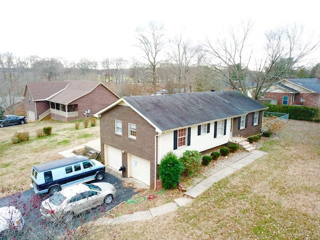 207 Willow Lake Dr, Portland, TN 37148 (MLS #1994339) :: Nashville on the Move