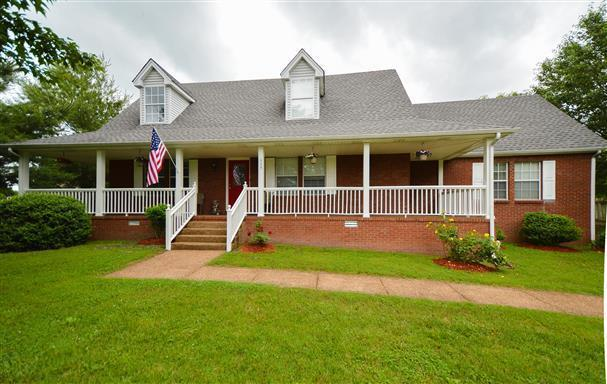 115 Spicer Ct, White House, TN 37188 (MLS #2000333) :: Nashville on the Move
