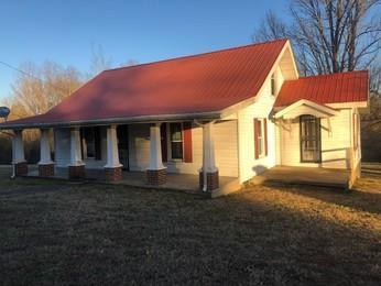 1610 Highway 49 E, Charlotte, TN 37036 (MLS #2002122) :: Clarksville Real Estate Inc
