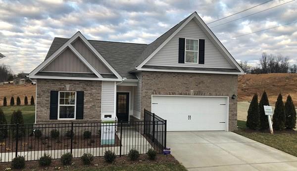 2917 Timewinder Way, Columbia, TN 38401 (MLS #2009181) :: DeSelms Real Estate