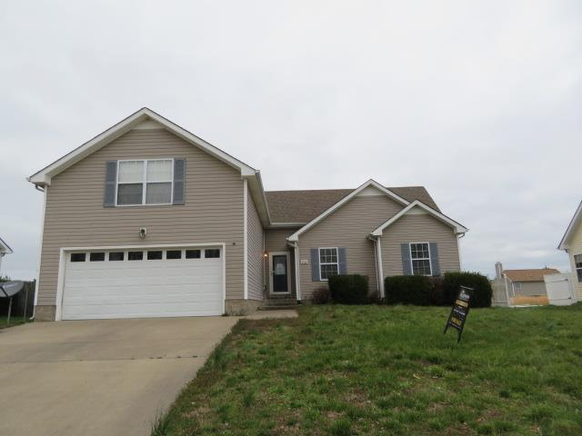 3795 Madeline Ct, Clarksville, TN 37042 (MLS #2022058) :: The Group Campbell powered by Five Doors Network