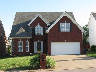 2393 Oak Hill Dr, Murfreesboro, TN 37130 (MLS #2031831) :: DeSelms Real Estate