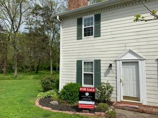 290 A Donna Dr Apt A, Hendersonville, TN 37075 (MLS #2031907) :: DeSelms Real Estate