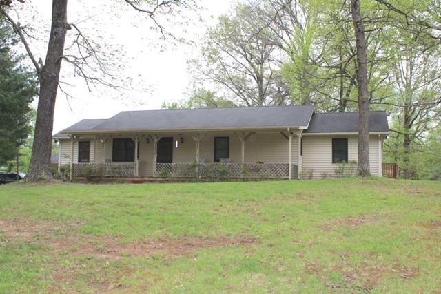 215 Andy Hillis Rd, McMinnville, TN 37110 (MLS #2032208) :: FYKES Realty Group