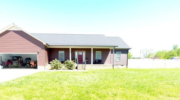 222 Lakeview Dr, Decherd, TN 37324 (MLS #2033124) :: The Kelton Group