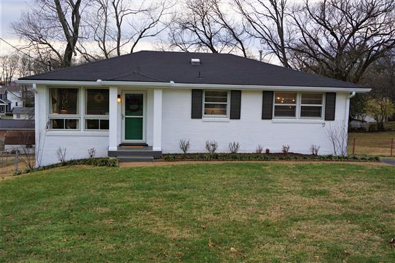 3621 Floral Dr, Nashville, TN 37214 (MLS #2033244) :: The Helton Real Estate Group